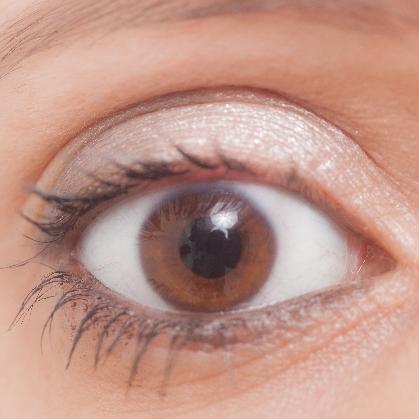 朝起きたら目やに!目やにが出る原因・予防方法・目の病気について知ろう