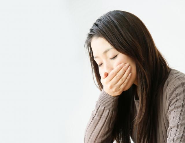生理痛で吐き気・腹痛が起こる原因と対策